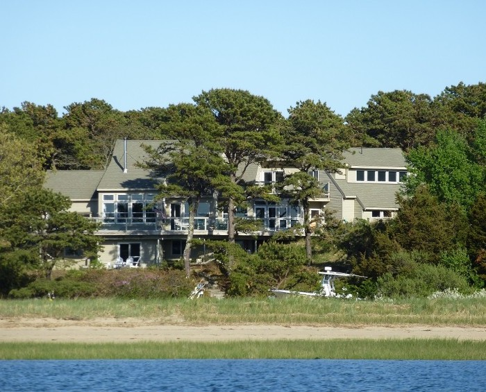 Come visit our top-quality B and B in Wellfleet, MA
